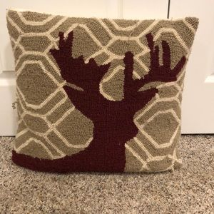 Deer knit pillow